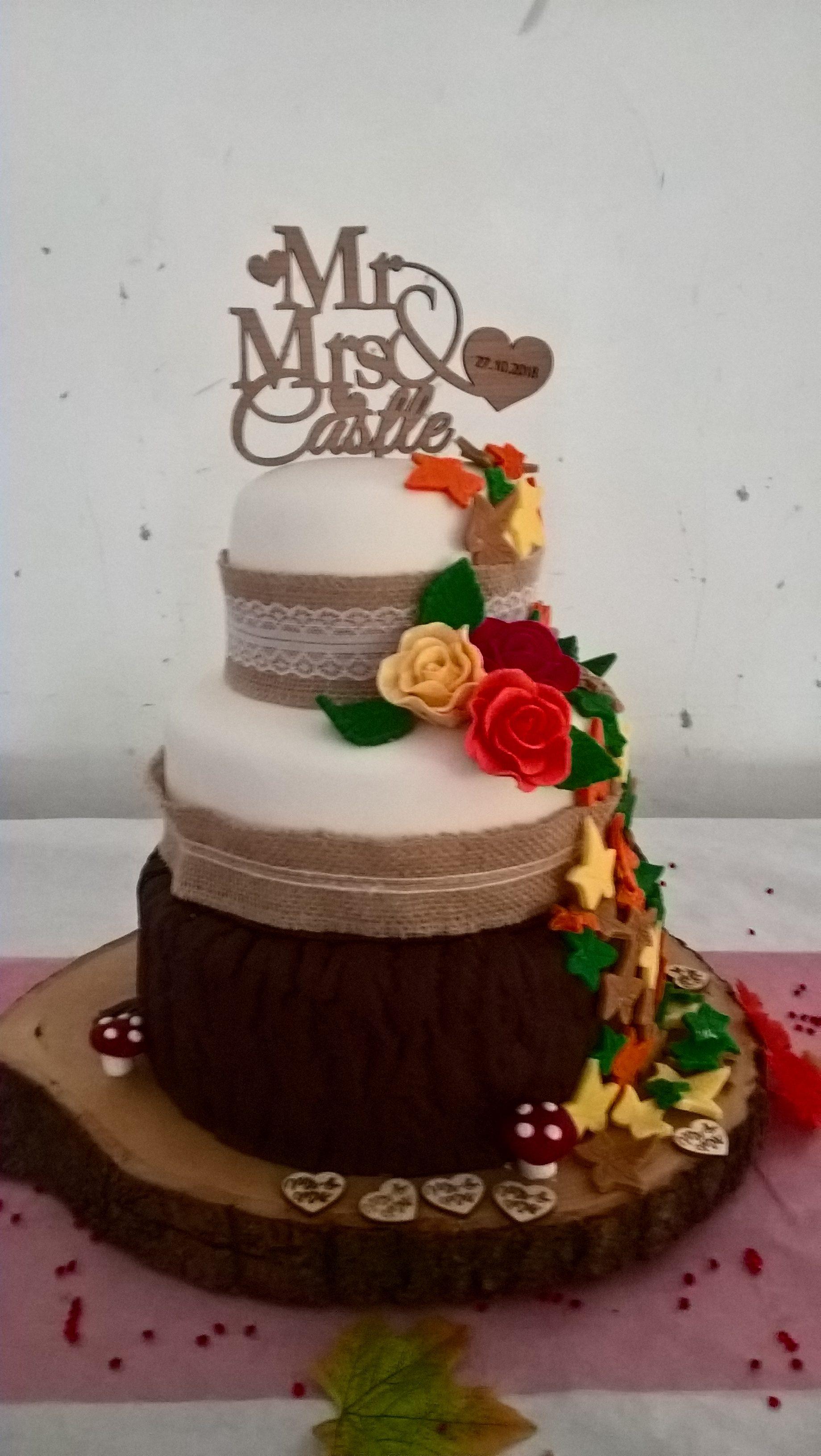 Wedding Cake Autumnal Cakes By Debbie Walbrin